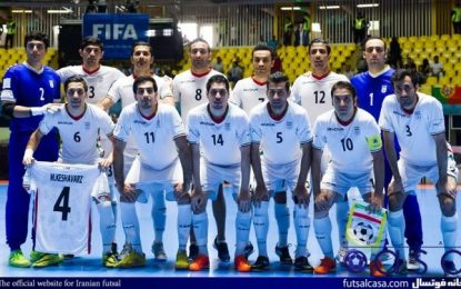 پس از کسب عنوان سوم جام جهانی برای اولین بار توسط ایران؛ تیم ملی فوتسال با استقبال مسئولین وارد تهران شد