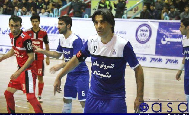 آقای گل جهان به لیگ برتر فوتسال میآید/ شمسایی مربی – بازیکن استقلال!