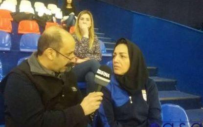 سرمربی تیم فوتسال بانوان: حضور ورزشی بانوان ایران در کانون توجه بین المللی است