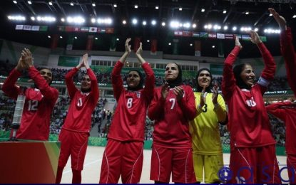 حضور بانوان تماشاگر در بازی ایران – ایتالیا در هاله ای از ابهام