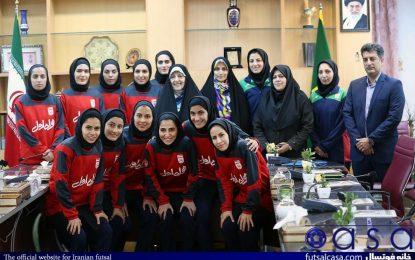 تصاویر جالب از دیدار ستارگان بانوی فوتسال ایران با معاون امور زنان و خانواده ریاست جمهوری