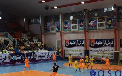 افتتاحیه لیگ بیستم در سالن بهشتی مشهد مقدس؛ فرش آرا، شهروند را با شش گل بدرقه کرد/ آغاز بد برای شاگردان اسماعیل پور