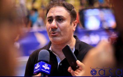 رضا لک: باید با اختلاف بیشتری آذرخش را می بردیم/ با شهروند و هوادارانش راحتم و قصد ترک ساری را ندارم