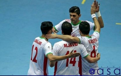 ناظم الشریعه به دنبال شناسایی ۱۴ بازیکن نهایی تیم ملی فوتسال
