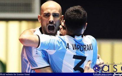 قهرمان فوتسال جهان به ایران جواب مثبت داده بود