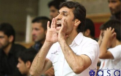 سرمربی شهید منصوری به تمرینات تیمش بازگشت/ حسن زاده به نیمکت قرچک بازگشت