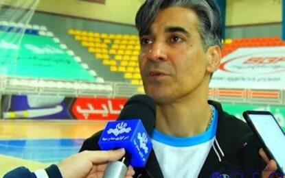 شمسایی: هر چقدر بازیهای لیگ طولانیتر شود، به ضرر تیم ملی است/لک طوری صحبت میکند انگار در سالن نبوده است