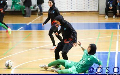 گزارش تصویری دیدار هیات فوتبال اصفهان و هیات فوتبال خراسان رضوی